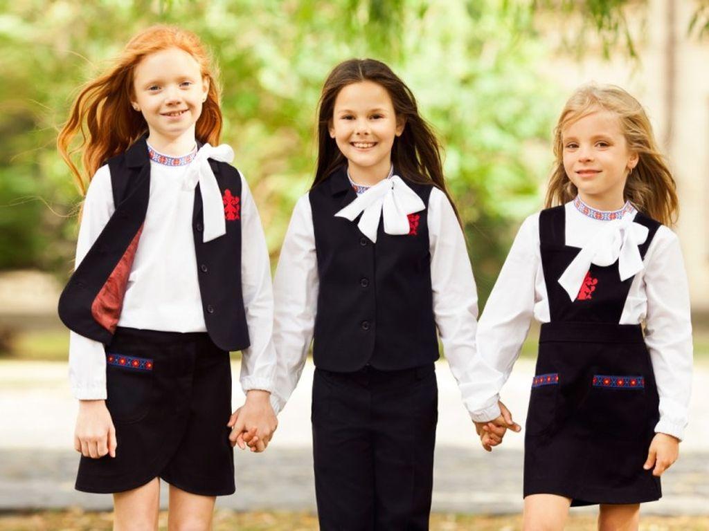 Школьная форма для девочек в Москве