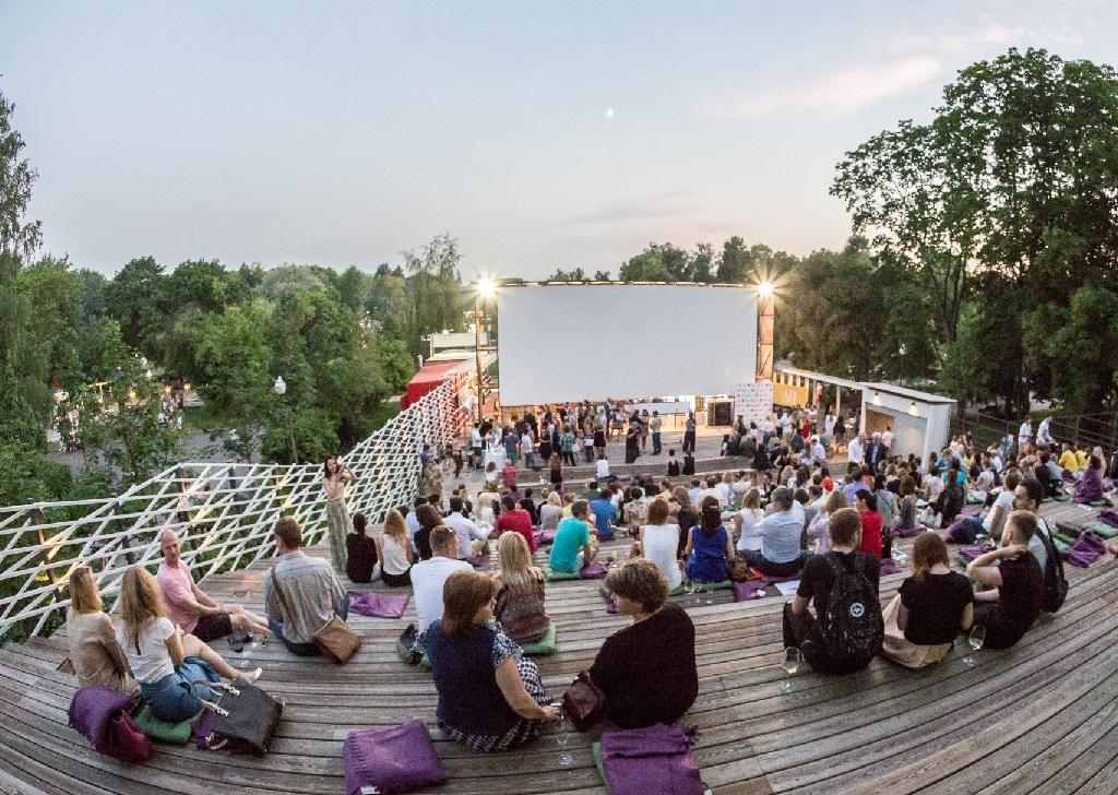 Детская афиша, Летний фестиваль «Дачное Царицыно»