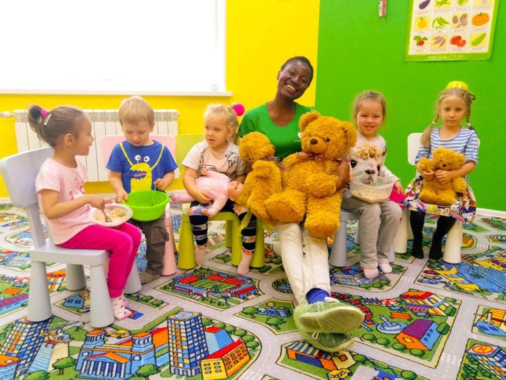 иностранных языков, Сеть детских языковых центров Полиглотики