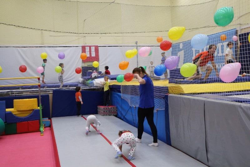 батутный центр для детей i-jump