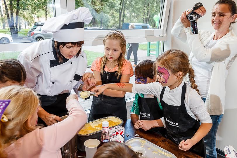 Семейное кафе Kitchen. Кулинарные мастер-классы