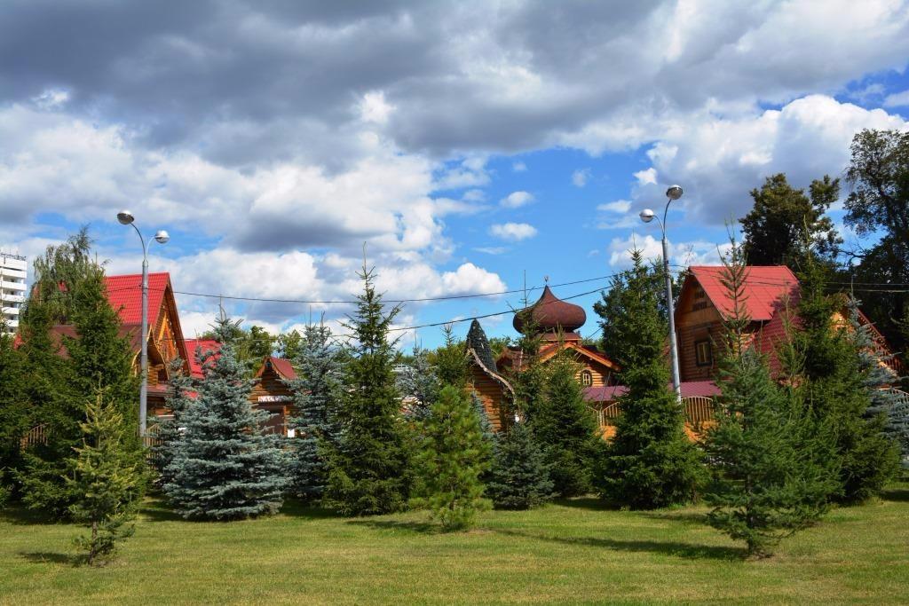 московская усадьба деда мороза в кузьминском парке описание
