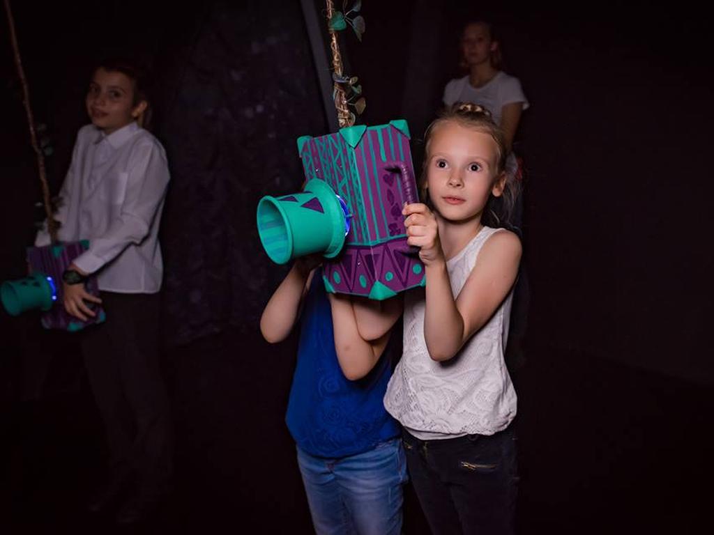 Алиса. Возвращение в Страну чудес - развлечения в парке для детей