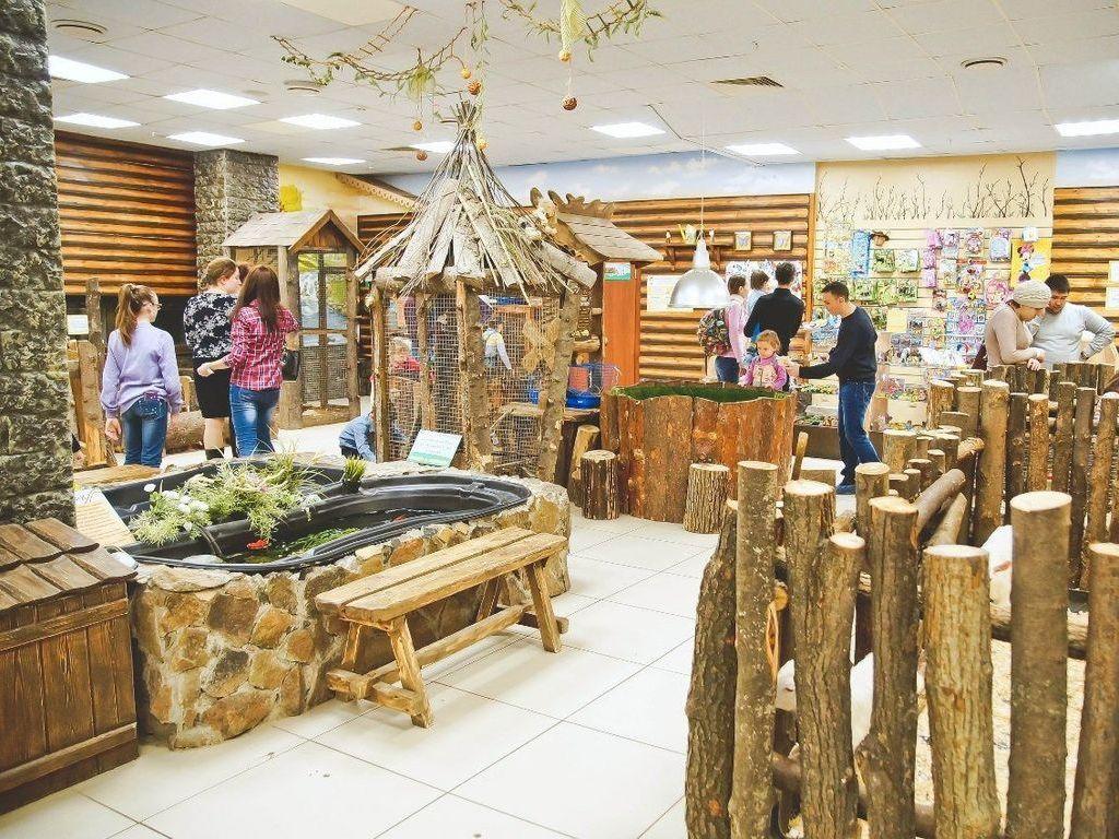 онтактный зоопарк «Джунгли зовут» входит в ТОП-10 лучших контактных зоопарков Москвы