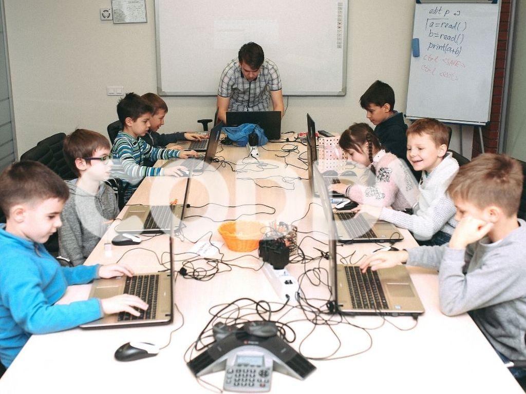 Курсы прогрмирования для детей в школе программирования Coddy