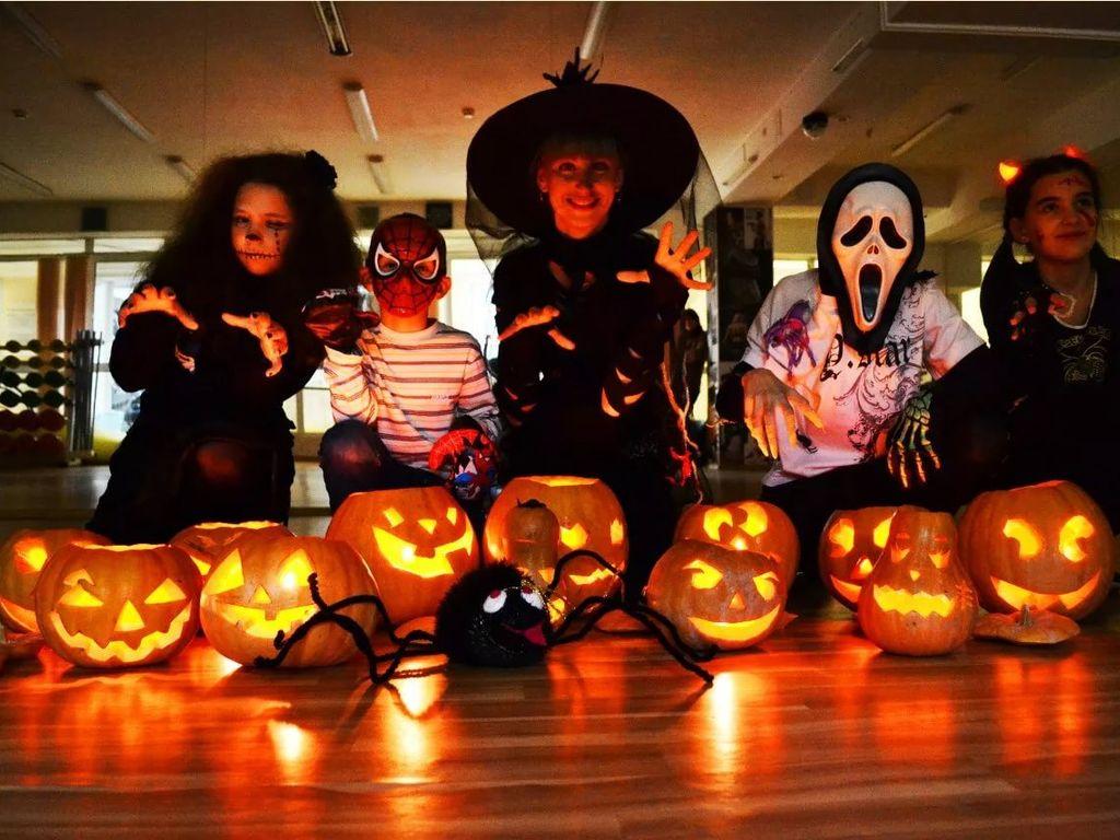 костюм на Хэллоуин дома