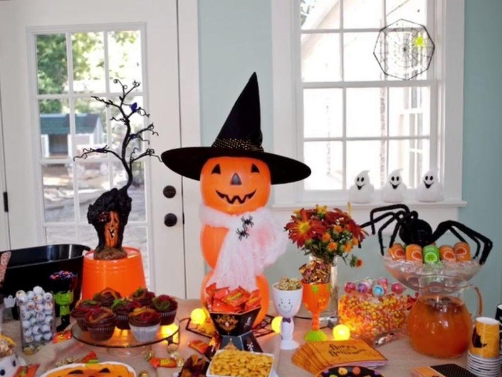 Праздничная атмосфера на Хэллоуин