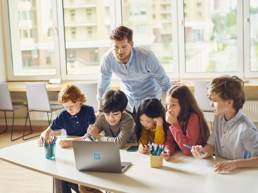 Бесплатный урок по программированию для детей в школе Алгоритмика
