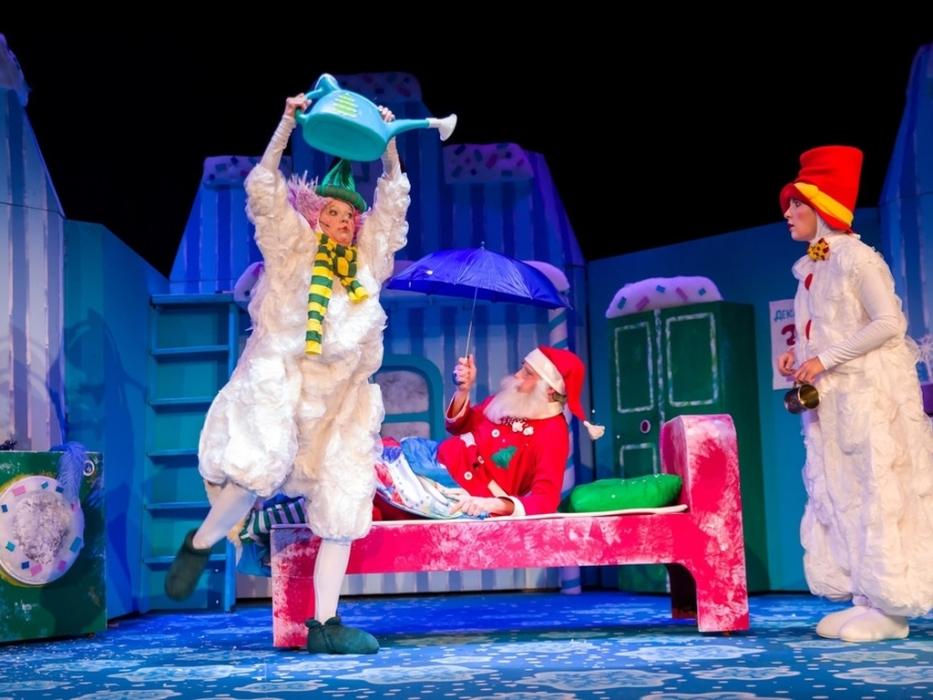 спектакль Как Дед Мороз чуть Новый год не проспал