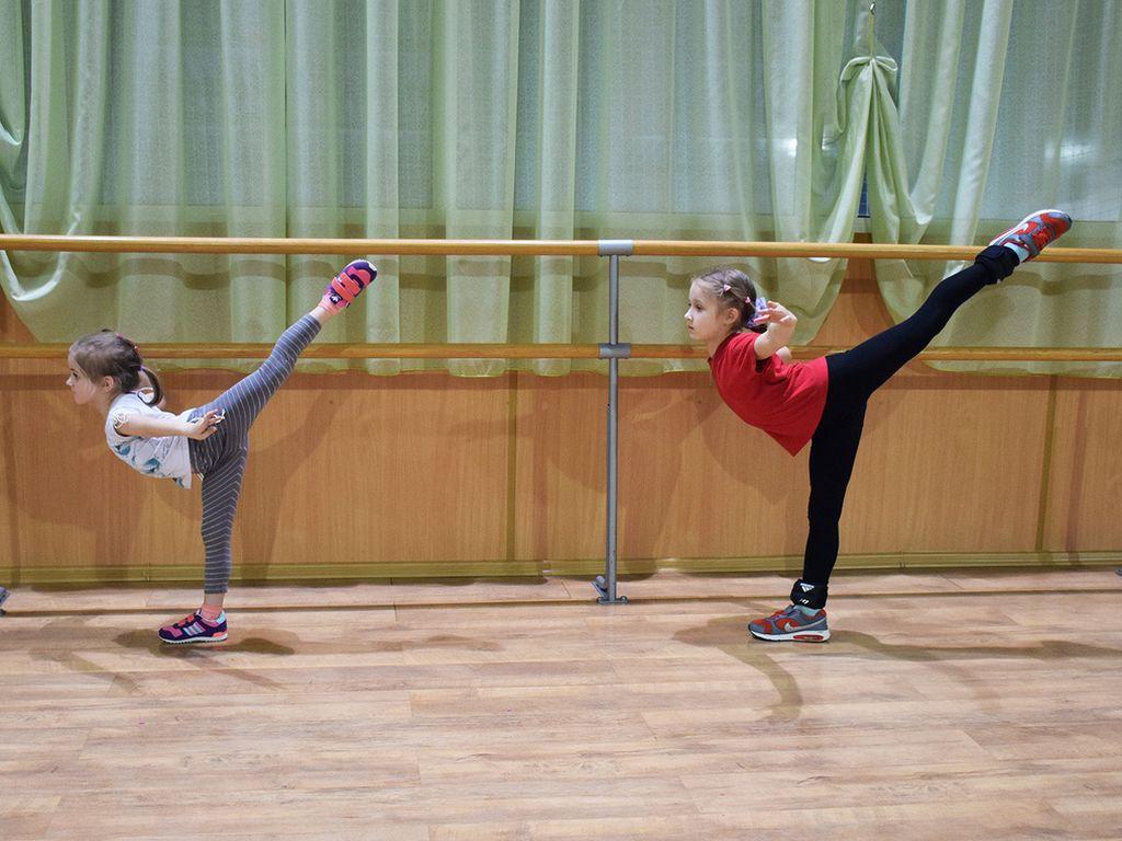 занятие детей, Школа фигурного катания Олимп