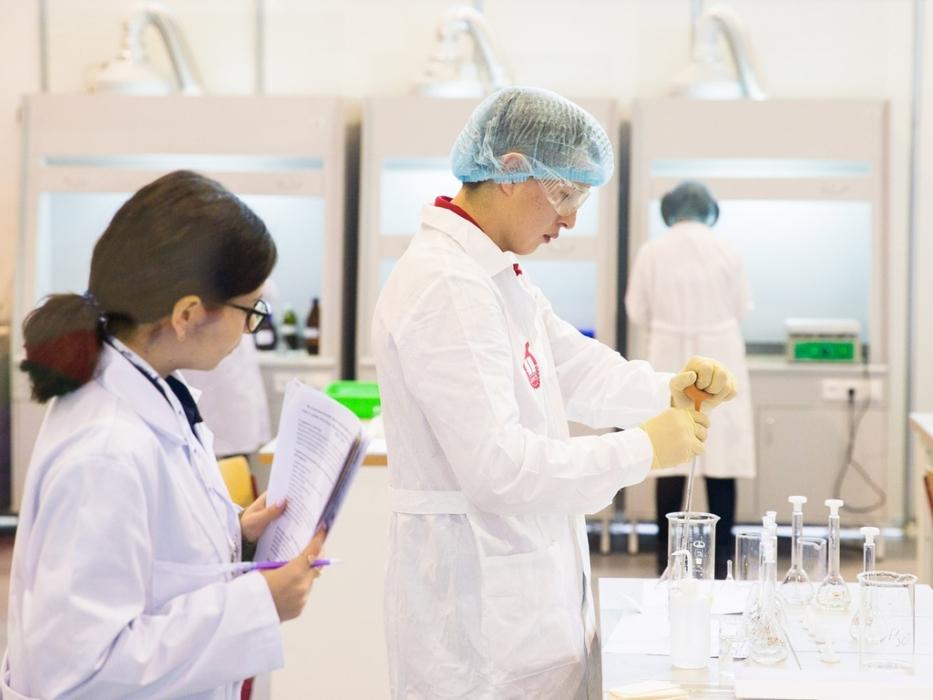 WorldSkills химические опыты