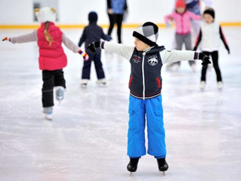 Школа фигурного катания для детей в Москве Академия спорта