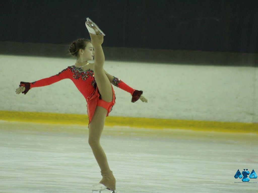 Школа фигурного катания мастерства ЛЁД в Москве