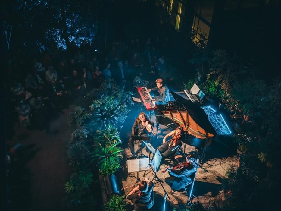 Звёзды шоу Голос в Ботаническом саду