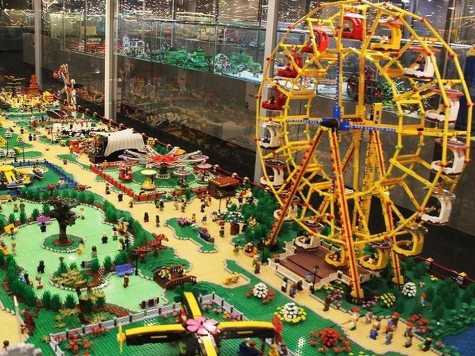 Megabrics – выставка-музей из кубиков Лего