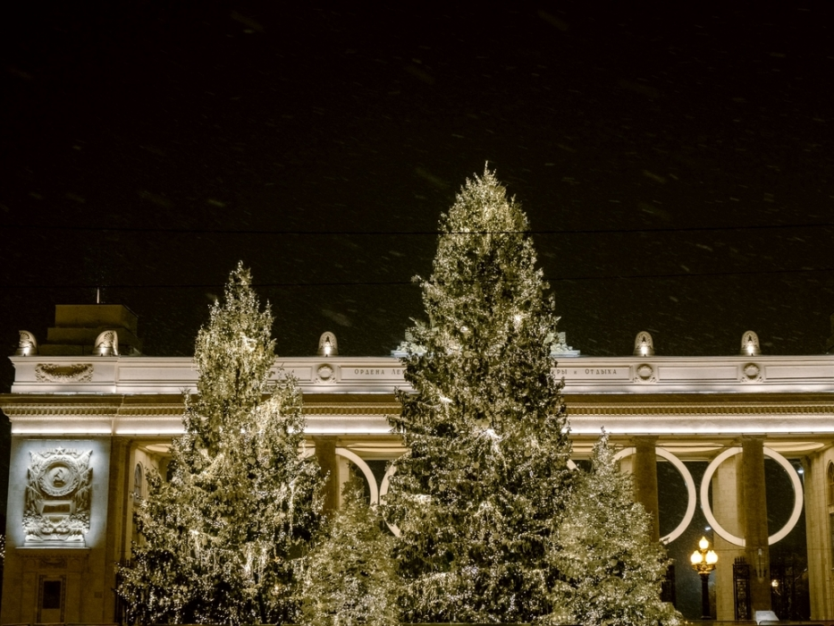 Парк Горького преобразился к Новому году