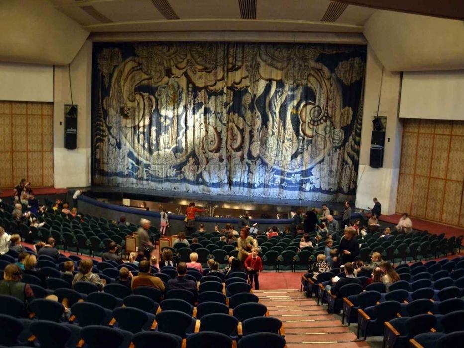 Зал музыкального театра имени наталии