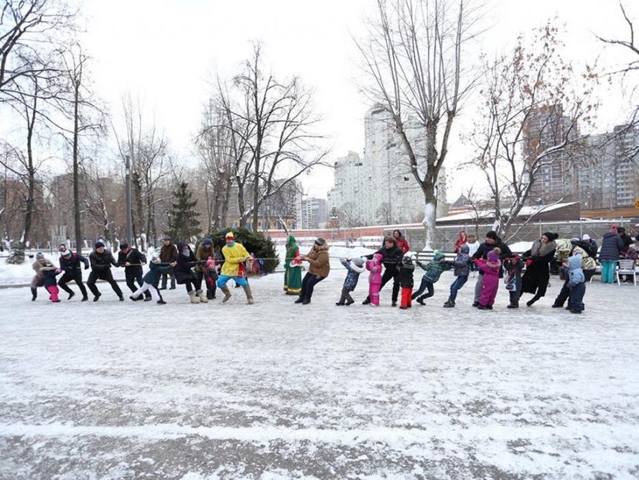 Русские-народные игры в Таганском парке