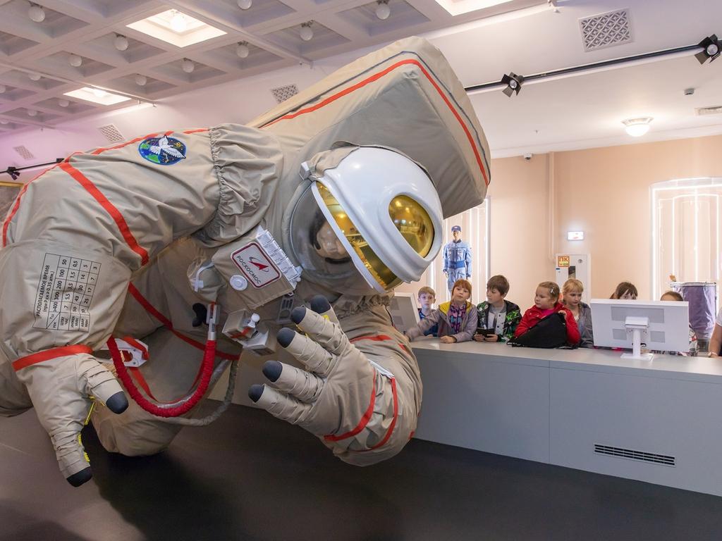 ВДНХ центр космонавтики и и авиации
