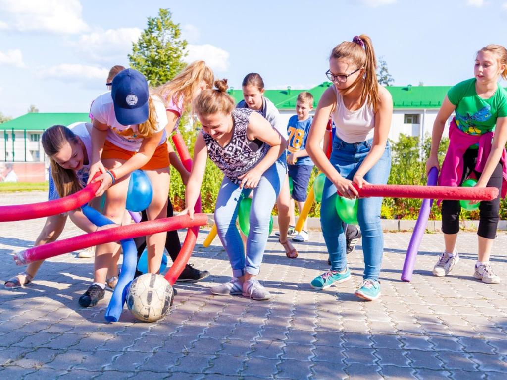 Развлечение в Детском лагере Евроклуб