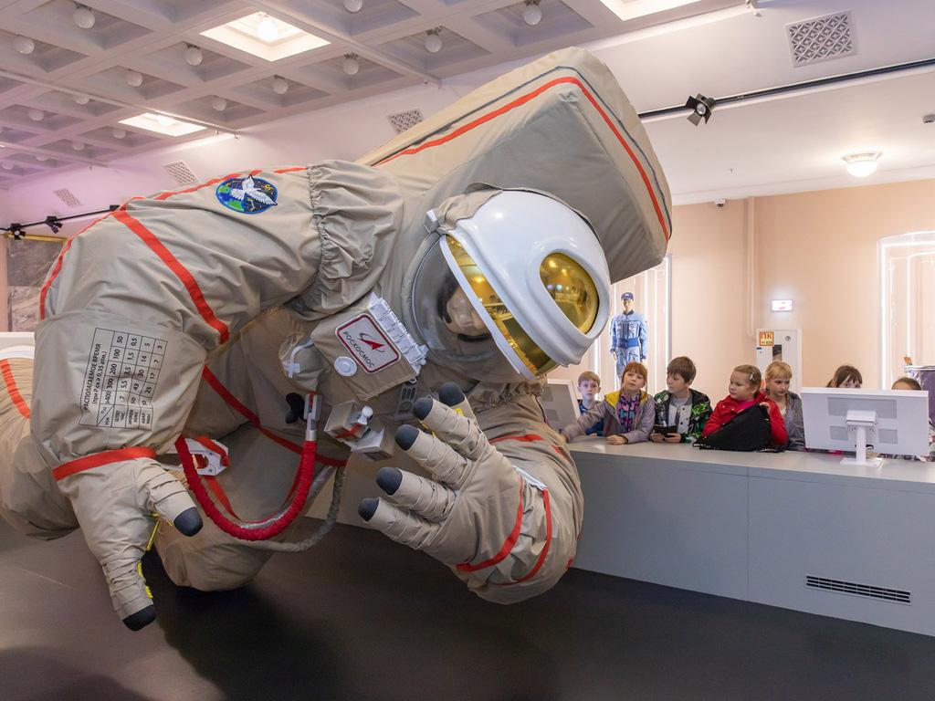 Фестиваль Пора в космос на ВДНХ: павильон Космос