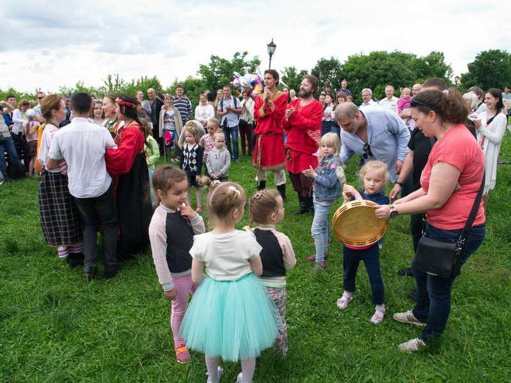 Фестиваль Россия в Коломенском