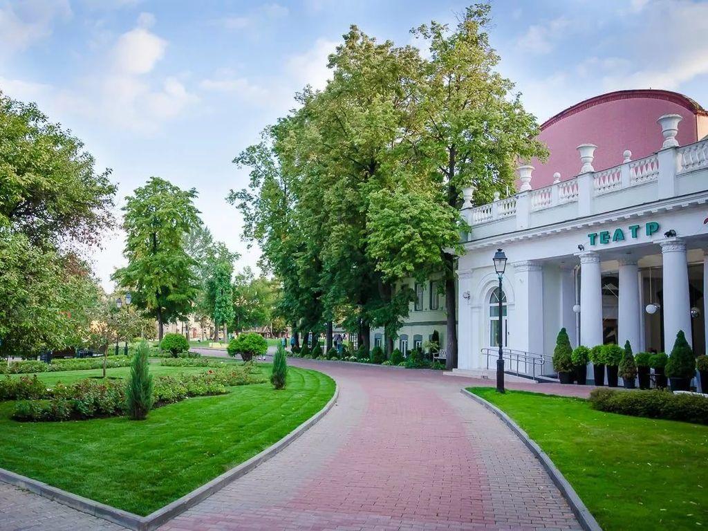 День России в саду Эрмитаж