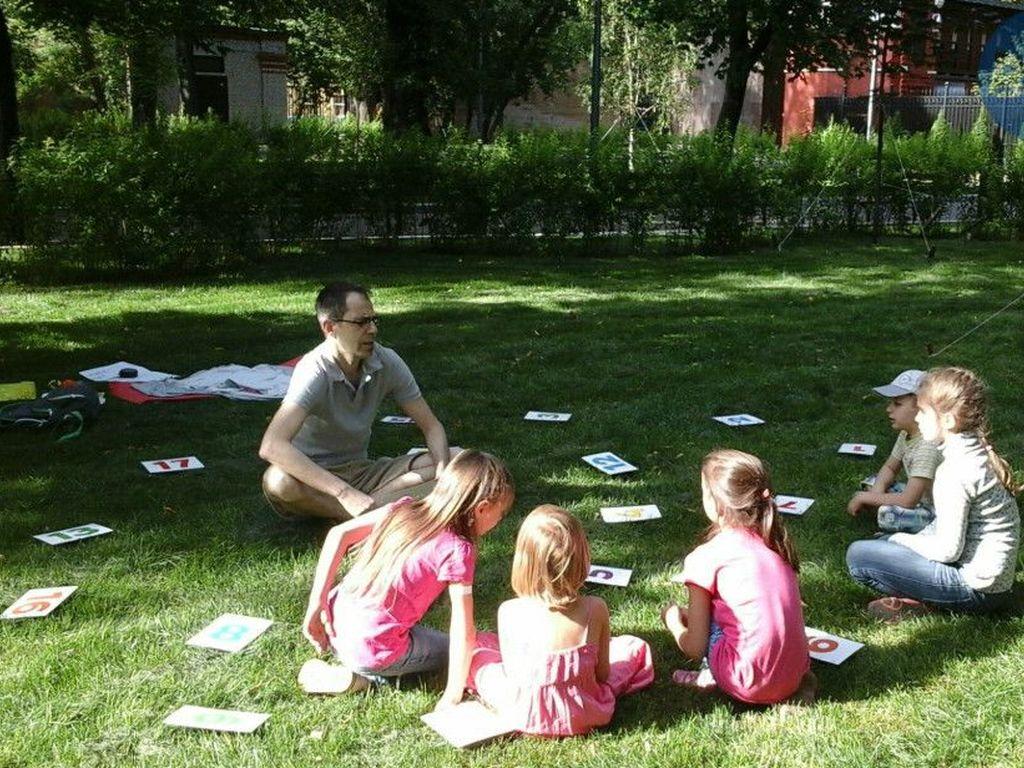 Бесплатные занятия английским для детей в парках
