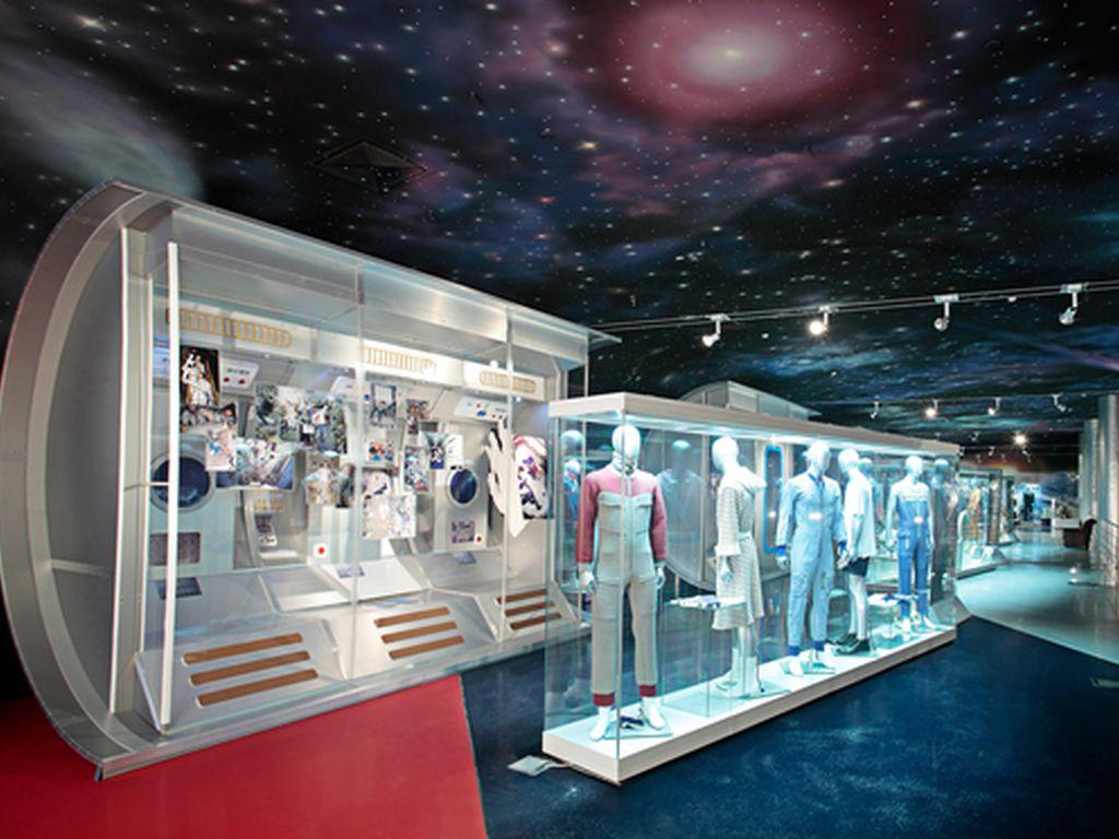 Коллекции живописи и графики в Мемориальном музее космонавтики