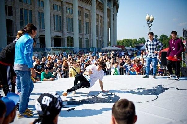 городской спортивный праздник в лужниках на день города