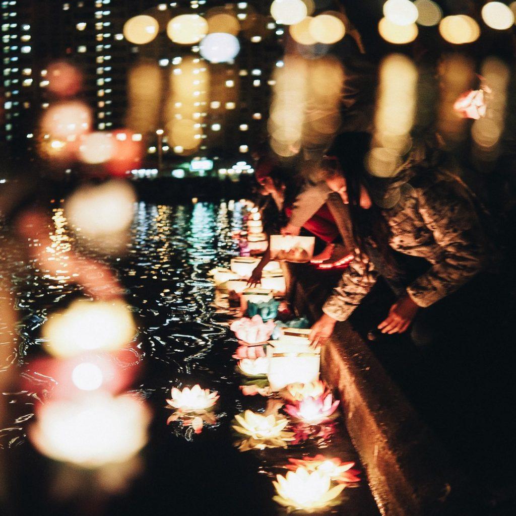 """Фестиваль водных фонариков """"Мечта Близко"""" на самом романтичном пруду"""