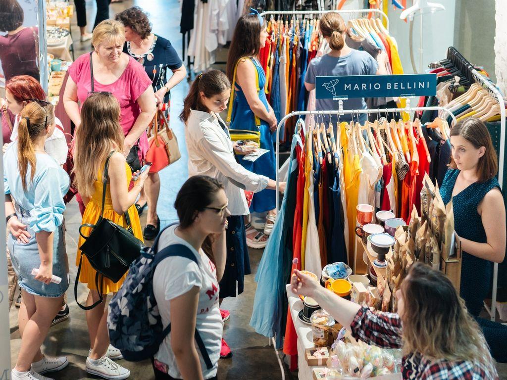 Ярмарка Happy Market на дизайн - заводе Флаконе