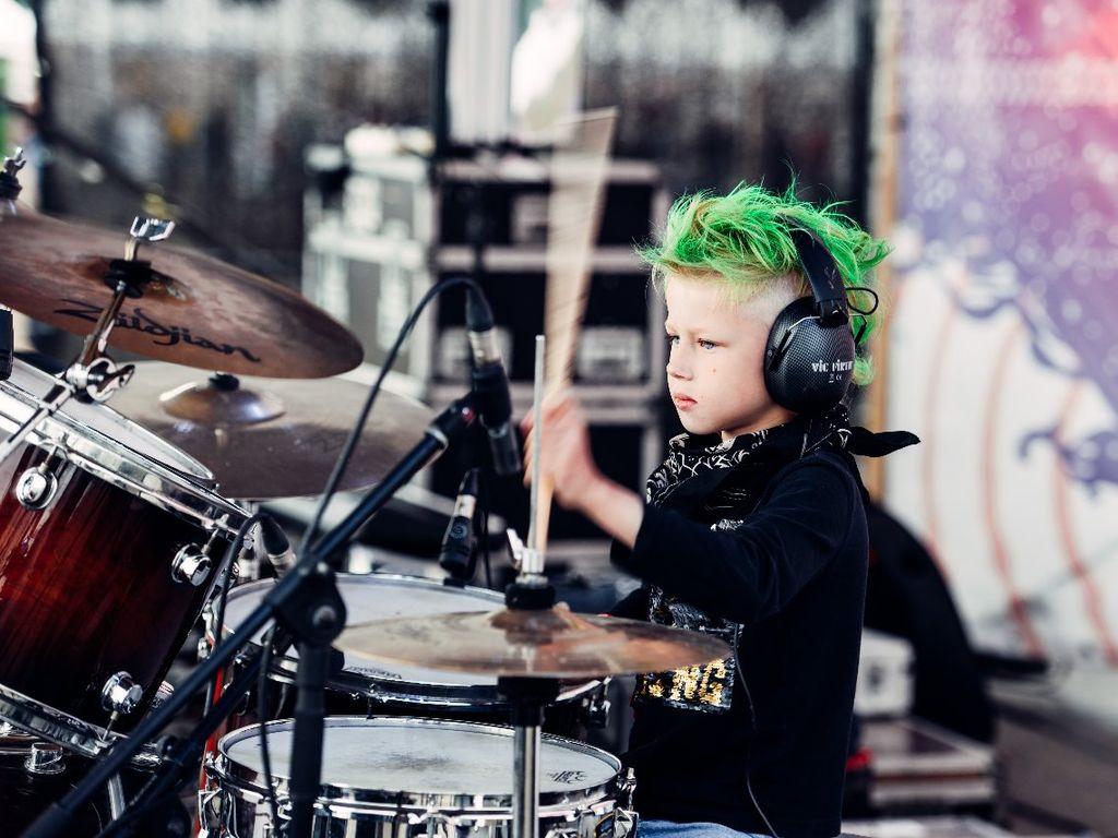 Детские рок-группы на фестивале Let's kids