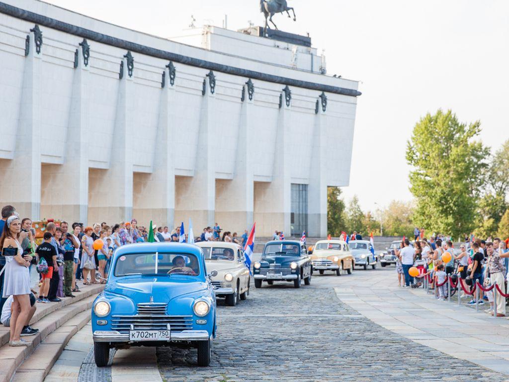 Уникальные ретроавтомобили в Музее Победы