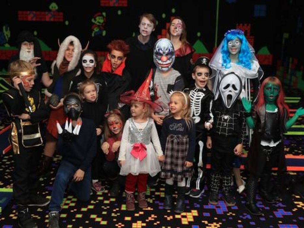 Хеллоуин для детей в LaserLand