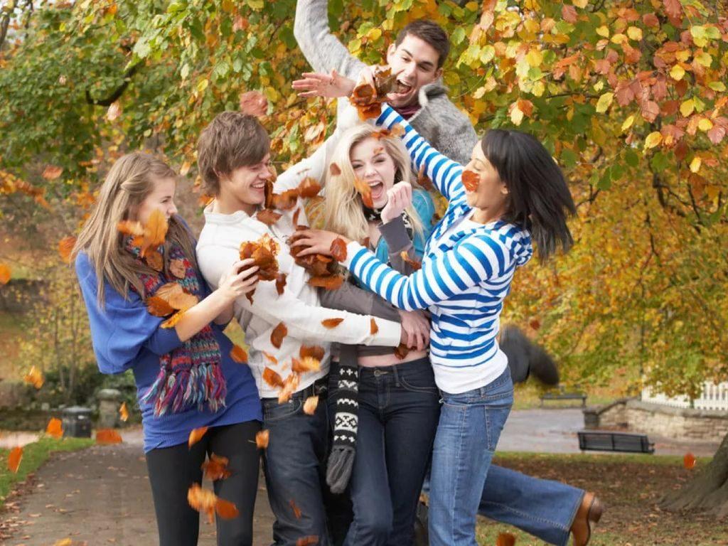 выходные 5-6 октября в Москве с друзьями