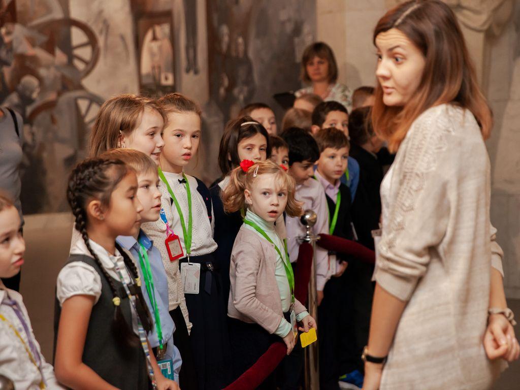 Более 2 тысяч школьников побывали в Музее Победы