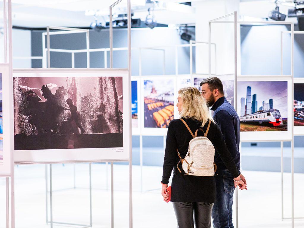 Фотовыставка Москва: территория развития на ВДНХ