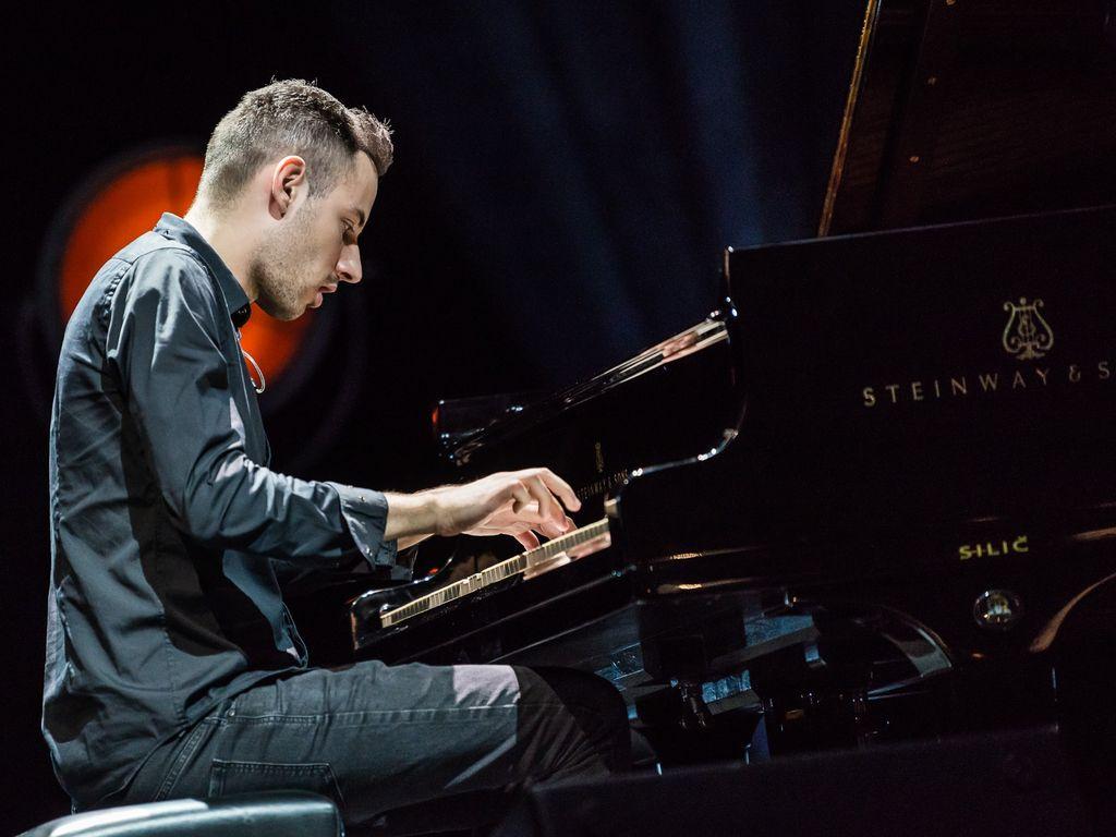 Выступление самого быстрого в мире пианиста