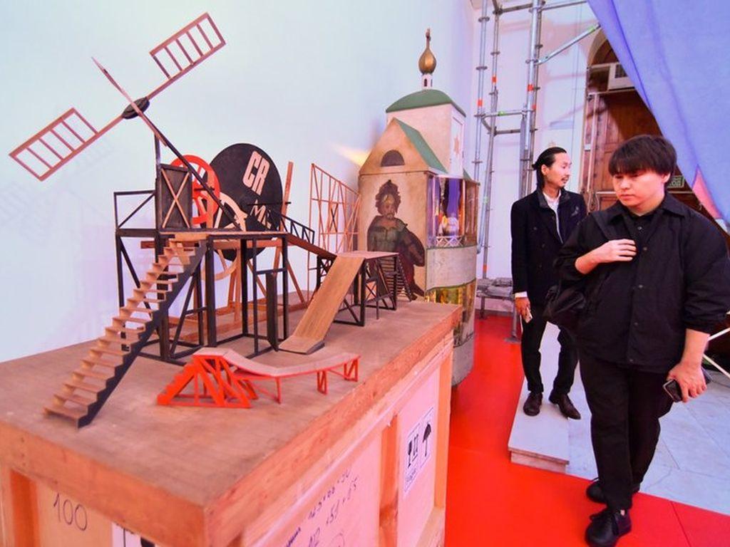 Выставка ТЕАТР.RUS