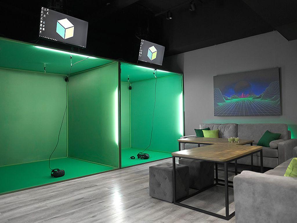 VR клуб Зеленый куб