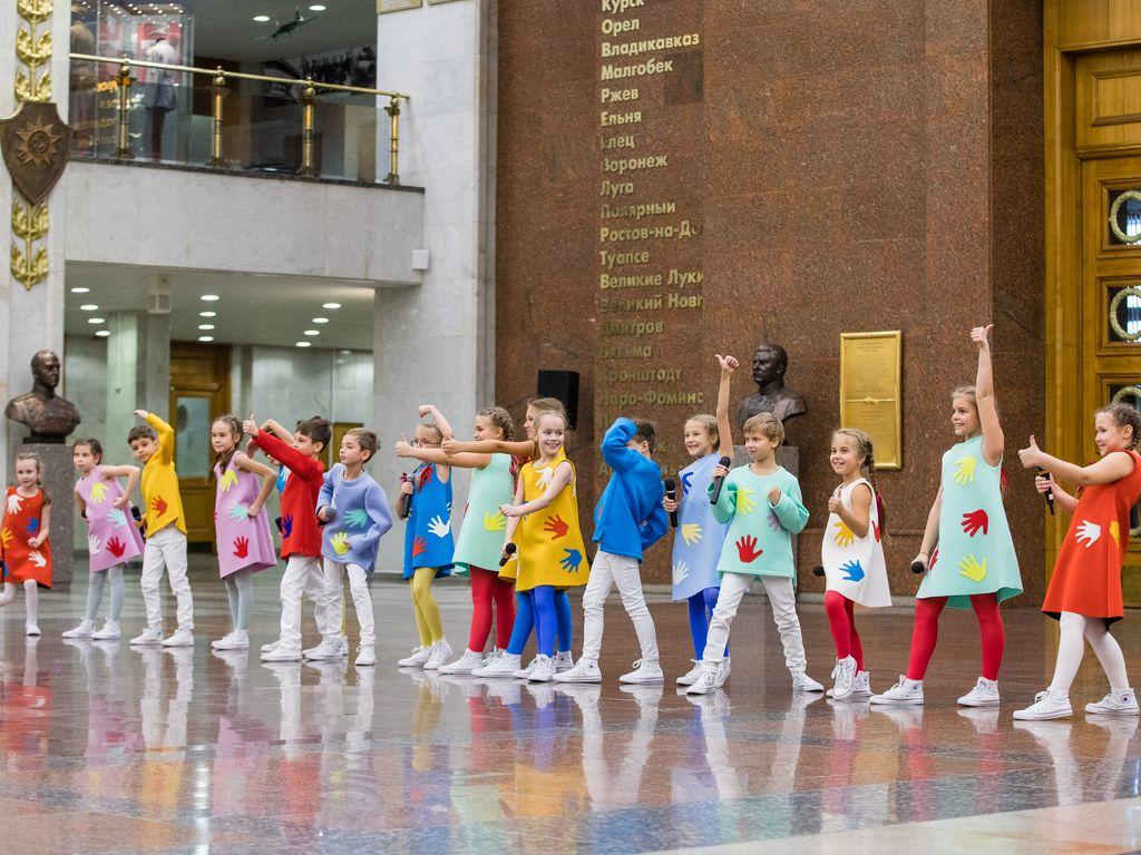 Дити на Фестивале Журавли Победы в Музее Победы