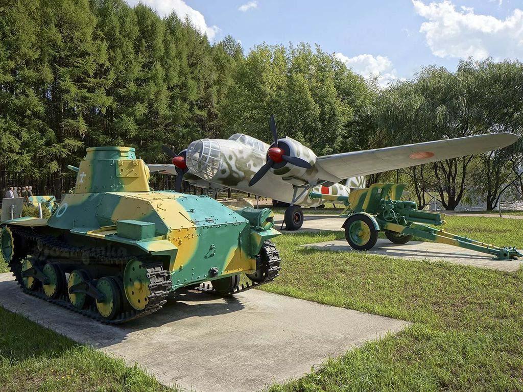 Парк военной техники в Музее Победы