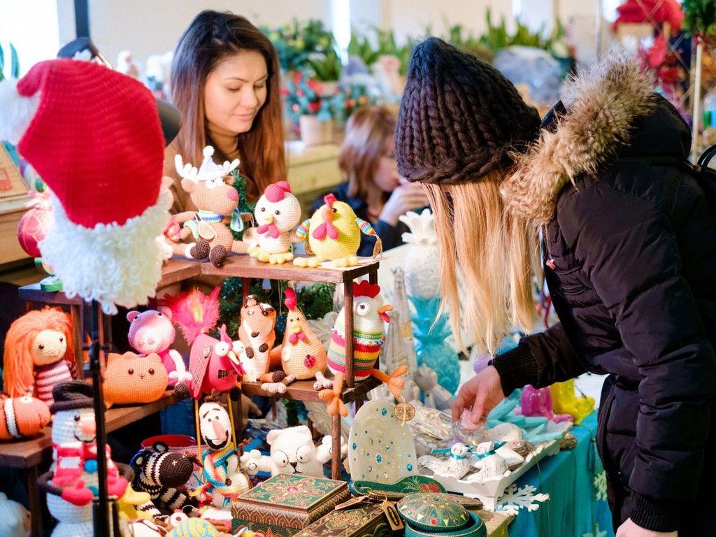 Маркет на Новогодней ярмарке Happy Market