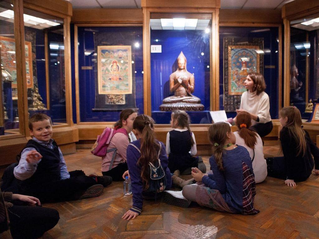 Занятия с детьми в Музее Востока