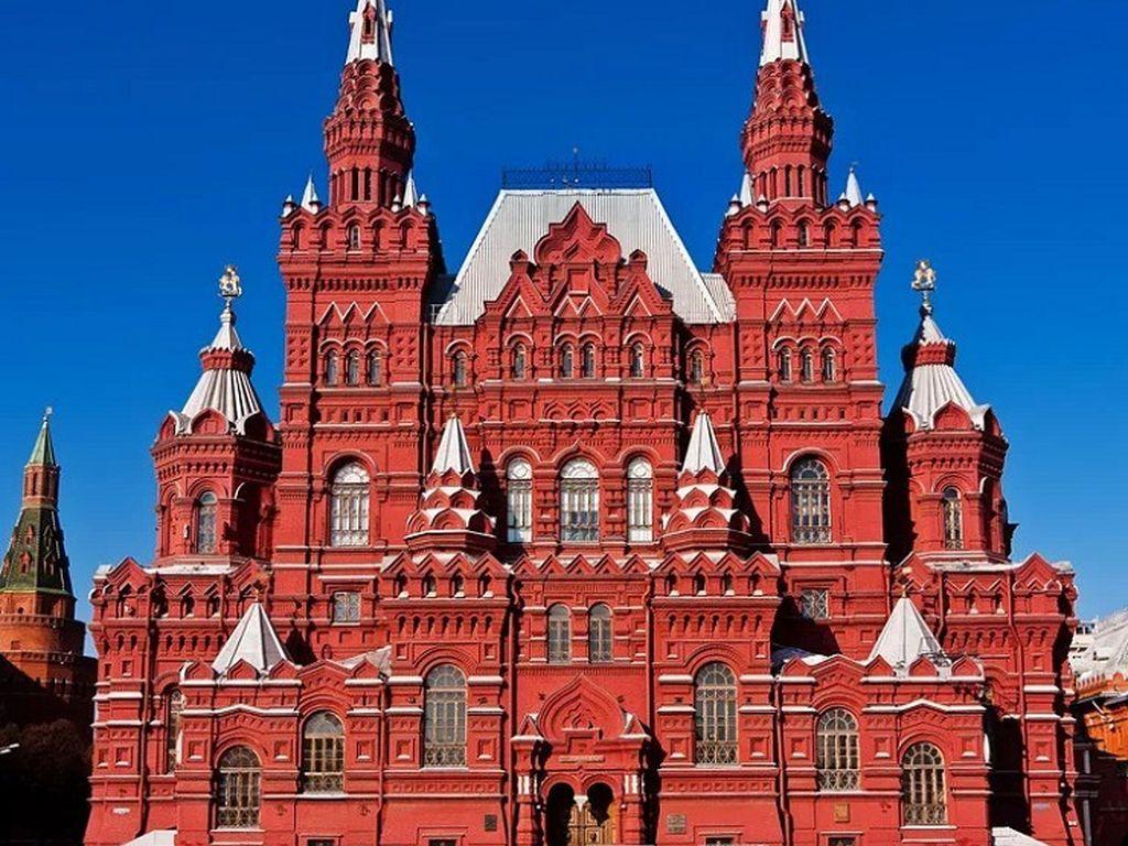 148 лет отметил Исторический музей