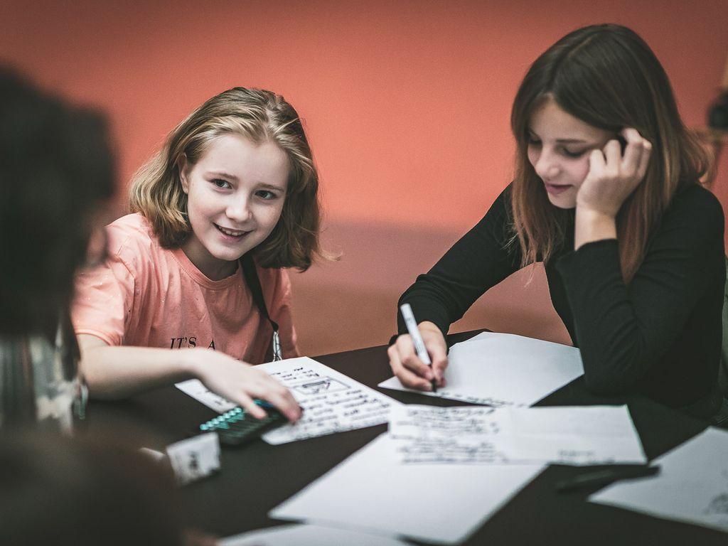 Дети на Курсе для детей о журналистике