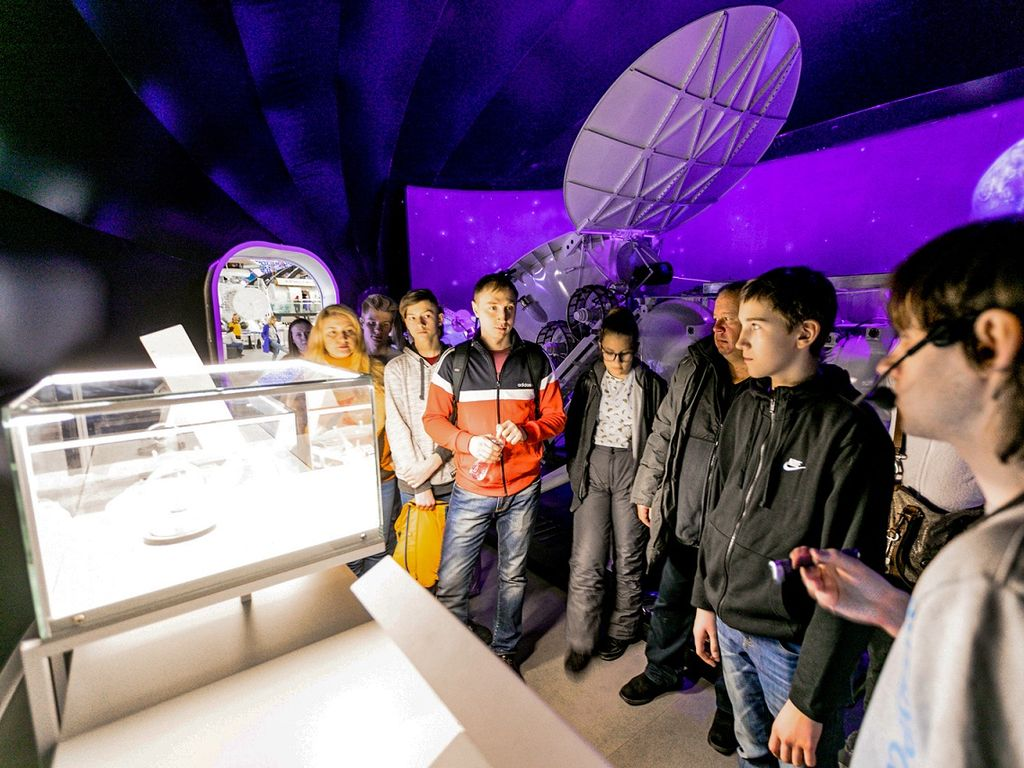 Экскурсии в Центре Космонавтика и авиация