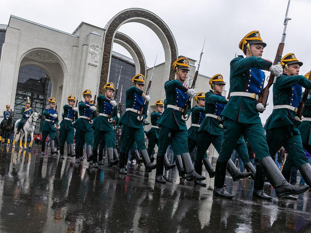 День защитника отечества: 23 февраля на Главной выставке страны