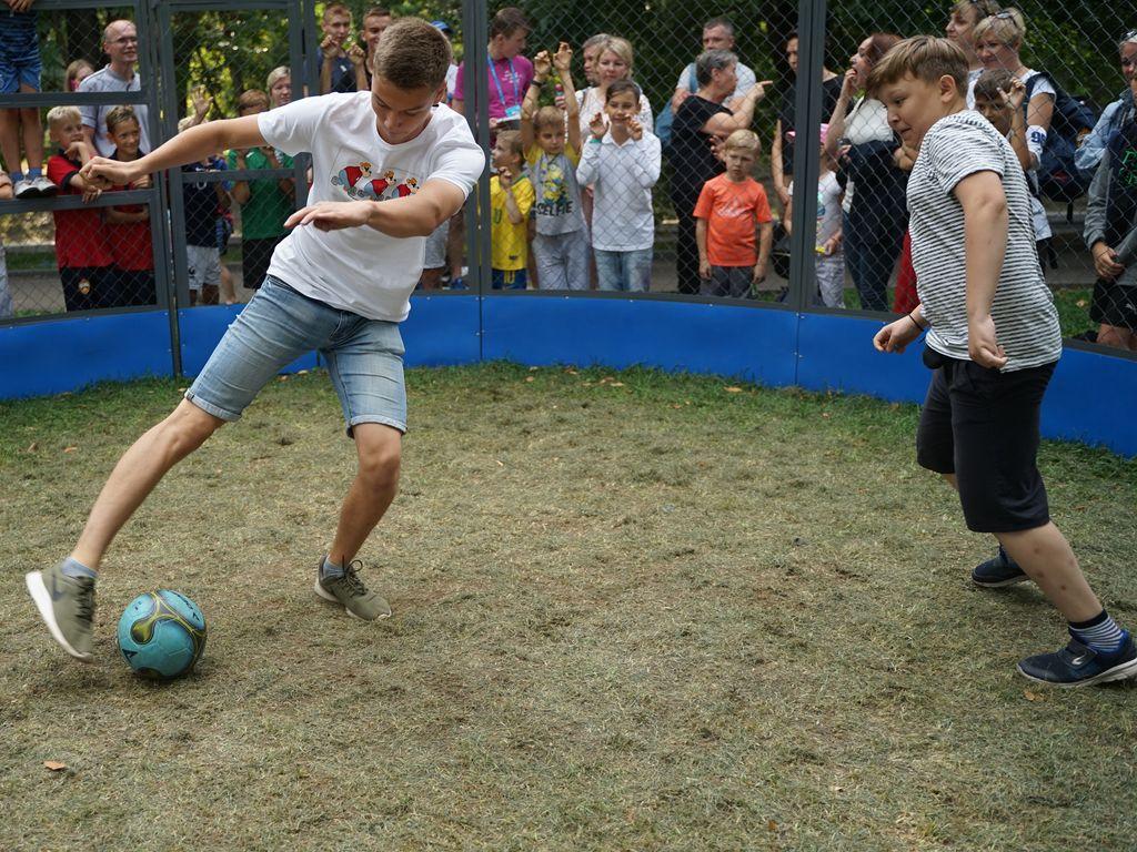 Игры в Футбол на  фестивале Мир футбола